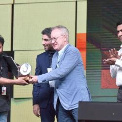 Lijo Jose Pellissery being presented the Best Director Award for the Malayalam movie 'Ee Maa Yau', at the closing ceremony of the 49th International Film Festival of India (IFFI-2018), in Panaji, Goa on November 28, 2018.
