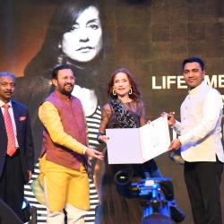 Veteran French Actress Isabelle Huppert being felicitated with Lifetime Achievement Award IFFI-2019, at the inauguration of the 50th International Film Festival of India (IFFI-2019), in Panaji, Goa on November 20, 2019. The Union Minister for Environment, Forest & Climate Change, Information & Broadcasting and Heavy Industries and Public Enterprise, Shri Prakash Javadekar, the Chief Minister of Goa, Shri Pramod Sawant and the Secretary, Ministry of Information & Broadcasting, Shri Amit Khare are also seen